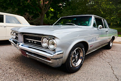 1964 Pontiac GTO (hz536n/George Thomas) Tags: summer michigan august canon5d pontiac gto ba flint 2014 ef1740mmf4lusm cs5 backtothebricks
