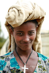 thiopienne a Bahar Dar (jmboyer) Tags: voyage africa travel portrait people tourism face canon photography photo yahoo flickr photos retrato african religion picture tribal viajes lonely lonelyplanet ethiopia ethnic canoneos civilisation gettyimages visage nationalgeographic afrique tribu eastafrica ethiopie googleimage go etiopija ethnie yahoophoto impressedbeauty ethiopianwoman photoflickr afriquedelest canon6d photosflickr canonfrance photosyahoo imagesgoogle photogo nationalgeographie jmboyer photosgoogleearth eth4300