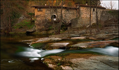 THE HOUSE ON THE RIVER . (TOYOGRACOR) Tags: panorama espaa paisajes water rio rock photoshop canon waterfall spain agua flickr dof fav50 paisaje windmills catalonia explore galaxy panoramica soe lanscape roca catalua cascada riu nwn serenidad fotografico godlovesyou fav100 supershot saltodeagua bej mywinners abigfave flickrdiamond platinumheartward thesuperbmasterpiece ubej panoramafotografico saltdaigua bestcapturesaol mygearandme mygearandmepremium mygearandmebronze mygearandmesilver anpegon