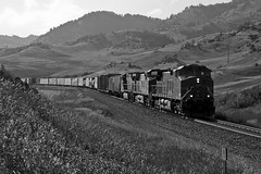 BNSF4466_BozemanPass_LivingstonMT_01_web (fullreversal) Tags: mt bnsf mrl livingston 783 712 4466 bozemanpass