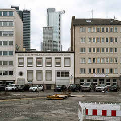 Flimsy promise (StephanPhoto) Tags: beige frankfurt believe helvetica tristesse bankingdistrict westendtower