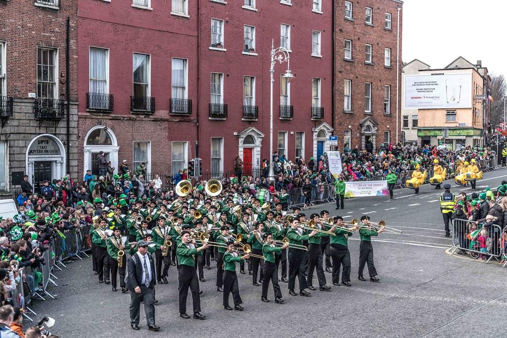 John F. Kennedy High School (Shamrock Regiment), California [St. Patrick's Parade 2016]-112647