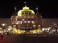 Kurhaus (Dimormar!) Tags: hotel nightshot scheveningen kurhaus nachtopname