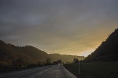 Sunset on the road (aintza.larranaga) Tags: castle germany deutschland alemania rheinland pfalz burg eltz kastellaun renania palatinado