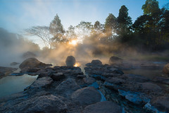 Jae Son Hotspring (Anuwat Laksanayothin) Tags: morning light mist fog sunrise landscape thailand ray hotspring lampang