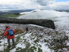 UK - Wales - Denbighshire - Near Llanbedr-Dyffryn-Clwyd - Offa's Dyke Path - Walking around Moel Fenlli (JulesFoto) Tags: uk snow wales walking snowylandscape denbighshire clwydianhills offasdykepath llanbedrdyffrynclwyd