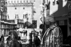 Guscio Metafisico Inquinato dal Profumo dei Passanti, il Volto Evanescente Trasmette Solitudine (Gioia & Andrea) Tags: street light shadow reflection glass face photography strada loneliness darkness shell persone camicia ferrara passage vetrina scent vetro riflesso polluted faccia profumo volto metafisica manichino metaphysic guscio