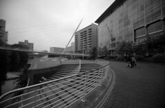 Trinity Bridge (sfryers) Tags: bridge santiago tower ex monochrome architecture modern river manchester footbridge contemporary pylon calatrava dg 1224 irwell cablestayed ultrawideangle 14556