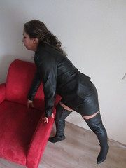 IMG_2078 (leatherlady 1) Tags: sexy girl leather lady model boots skirt heels milf overknee thighboots deri cizme laarzen thighhighboots leatherlady1
