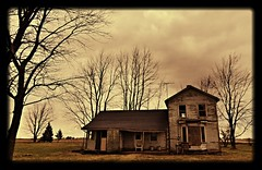 lookin' out my backdoor.... (BillsExplorations) Tags: abandoned home rural vintage illinois decay farm historic forgotten abandonedhouse lincoln weathered ruraldecay lincolnhighway foresakenplaces abandonedfarm franklingrove abandonedillinois oncewashome