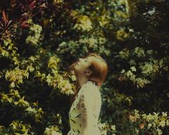 Thuany Santana (thiago lima.) Tags: portrait floral brasil garden retrato naturallight sp jardim zonaleste dreamer makeportraits