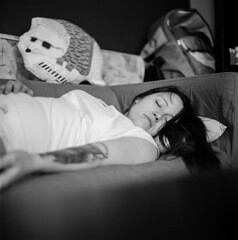 resting (brenkee) Tags: sleeping girl tattoo zeiss self coach afternoon young pillow hasselblad carl hp5 hedgehog resting developed ilford planar 80mm 500cm lc29