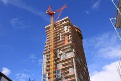 Hochhaus - Neubau - Frankfurt (Stefan_68) Tags: skyscraper germany deutschland hessen crane frankfurt baustelle kran frankfurtammain neubau hochhaus hesse rohbau wolkenkratzer highrisebuilding gerst baukran baugerst