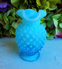 Vintage Fenton Art Glass Blue Opalescent Hobnail Vase (Donna's Collectables) Tags: blue art glass vintage vase fenton opalescent hobnail