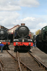 Didcot Railway Centre April 30 016 (lozenge57) Tags: uk railway steam coaches locomotives wagons gwr dicot greatwesternrailway greatwesternsociety