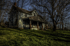 Lindsays Station 1790 Stamping Ground Kentucky (Klaus Ficker --Landscape and Nature Photographer--) Tags: usa station canon kentucky livestock milf oldbuilding travelers stockade traders abandedhouse stampingground eos5dmarkii kentuckyphotography klausficker lindsaysstation build1790