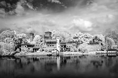 valentino (vito.nobile) Tags: bw italy river torino italia fiume bn piemonte po infrared turin borgo valentino medioevale infrarosso infrarossi