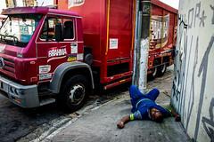 (S) Tags: brazil brasil sopaulo streetphotography sp s fotografiaderua jabaquara remirar