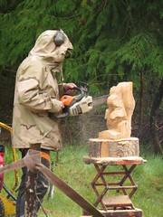0420 Chainsaw sculpturer at work (Andy - Busyyyyyyyyy) Tags: wood workinprogress www ccc sss workbench chainsawcarving communitygroup chainsawsculpture squirrelsculpture maydayevent llynparcmawr 20160501 duncankitson