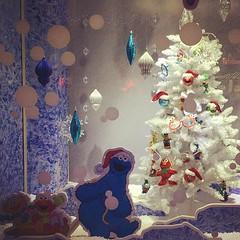 isn't this a very Sesame... (lclek) Tags: christmas window singapore sesamestreet universalstudios deco uss universalstudiossingapore uploaded:by=flickstagram instagram:photo=11370450508863699941333243