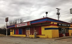(H. Glauph) Tags: street color abandoned digital photography store alabama grocery outofbusiness iphone