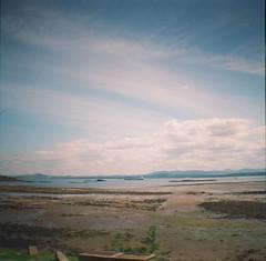 (thismaudlincareer) Tags: summer beach river scotland countryside lomo lomography fife lofi forth firthofforth dalgetybay kodakultramax400 dianamini