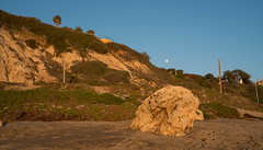 Big Rock on Zuma Beach, Malibu, California (ChrisGoldNY) Tags: california cali losangeles rocks forsale sony malibu zuma socal beaches albumcover bookcover westcoast playas bookcovers albumcovers licensing zumabeach laist chrisgoldny chrisgoldberg chrisgoldphoto sonya7rii