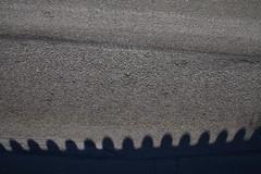 Wellenkronen wollte man meinen und darber der Himmel geteert (raumoberbayern) Tags: road shadow abstract silhouette waves minimal schatten chiemsee tar wellen robbbilder scherenschnitt urbanfragments schattenriss teer strase wellenkronen