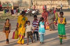 India - Hampi, women (lukasz.semeniuk) Tags: india children women