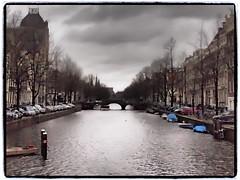 Grey days in January with blue boats (1elf12) Tags: travel holland netherlands amsterdam january keizersgracht januar reise niederlande gracht
