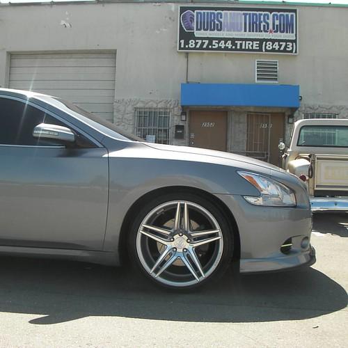 20 Inch Rohana Rc8 Brushed Silver Wheels 2009 Nissan Maxima