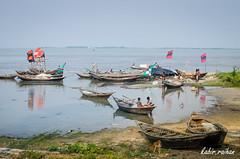 majhir ghat (Md. Raihan Kabir) Tags: sky people green river boat village boatman