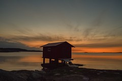 Sjöboden i Mollösund !! (mikaellarsson254) Tags: sunset westcoast bohuslän seasky västkusten orust mollösund sjöfors