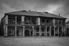 Plaza de Pedraza (maximo_1501) Tags: plaza rustico antiguo pedraza