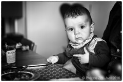Serious little boy (Prophil64) Tags: famille ami