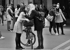 Kiss Kiss ... (heiko.moser) Tags: street city portrait people bw woman streetart blancoynegro canon person mono blackwhite yummy women kiss leute noiretblanc candid strasse young streetportrait nb menschen laugh sw monochrom frau publicity schwarzweiss greeting nero youngwoman kuss personen discover streetfoto einfarbig schwarzweis eyecatch entdecken begrssung streetfotografie heikomoser