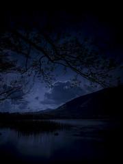 Landscape in the dark (Alberto Manzella) Tags: lake dark landscape lago darkness olympus paesaggio omd em1 ndfilter dayfornight lagodipusiano ndgradfilter leefilters manfrotto190pro dayfornightfilter attrezzaturafotografica bigstopper notteamericana olympusomdem1 loweprofastpackbp150awii loweprofilterpouch100