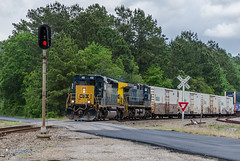 CSXT 4068 (gameover340) Tags: railroad train louisiana tracks ge freight csx emd csxt ac44cw stacktrain ztrain sd403 boxcarlogo zatsa