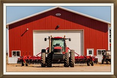 Big Red ready to go to the field (Thomas DeHoff) Tags: red tractor barn farm sony case ih a700