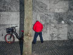 Nationalbanken (jon_bjarni) Tags: pee bike zeiss copenhagen flash streetphotography kbenhavn cykel carlzeiss flashgun pedalkraft
