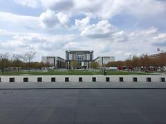 Kanzleramt (Pupehuber) Tags: west berlin ost br kanzleramt bundeskanzleramt 2016 bundeshauptstadt