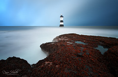 Penmon Point Lighthouse (Dave Holder) Tags: longexposure sea lighthouse seascape blur seaweed wales canon waves anglesey canonefs1022mm penmonpoint leefilters canon70d leebigstopper