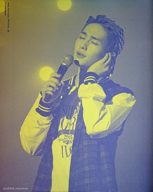 160421 SHINee @ Photobook SHINee World Concert IV 26554566372_dcfe1eb581_z