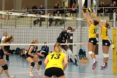 GO4G3411_R.Varadi_R.Varadi (Robi33) Tags: game girl sport ball switzerland championship team women action basel tournament match network volleyball block volley referees viewers
