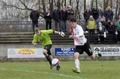 The keeper vainly tracks back as Nicky Little is poised to increase Bankies lead (Stevie Doogan) Tags: park west scotland scottish first super juniors division league holm clydebank bole maybole bankies mcbookiecom