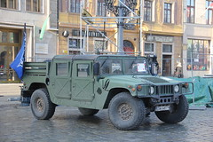 Humvee utility car , XXIV WOP Final , Wrocaw 10.01.2016 (szogun000) Tags: charity city urban car canon square cityscape military poland polska utility exhibition final vehicle hummer wrocaw wop hummvee xxiv wielkaorkiestrawitecznejpomocy lowersilesia dolnolskie dolnylsk fina canoneos550d canonefs18135mmf3556is