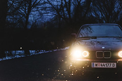 BMW E34 (III) (jonny_weissmueller) Tags: winter snowflakes headlights youngtimer angeleyes nikkor50mm14 bmw525i lookslikefilm bmwe34 vsco nikond750 filmindigital