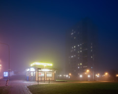 Hgaholm II (Gustaf_E) Tags: mist skne vinter sweden kiosk sverige falafel malm dis natt stad dimma gatukk kvll hghus frort miljonprogram hgaholm almvik