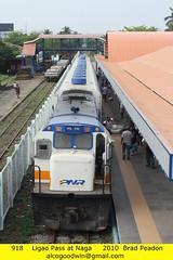 918 - Naga Station (alcogoodwin) Tags: philippines transport railway trains passengers commuter locomotive passenger ge bicol locomotives naga pnr ligao u15c