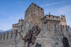 Fenis_dicembre 2015-02 (Stefano Merli) Tags: italien winter italy tower castle wall italia december torre tour northwest hiver towers medieval walls mura fortification dezember polarizer tours inverno castello dicembre chteau medievale italie nord maniero burg muraille merli dcembre stadtmauer valledaosta xiii northernitaly merlon aoste fenis aostavalley vda polarizzatore zinne fnis valledaoste mastio polariseur norditalia aostatal polarisator italiedunord northwestitaly chteaudefnis stylemdival mdival lovevda ilovevda italieseptentrionale italiedunordouest burgvonfnis